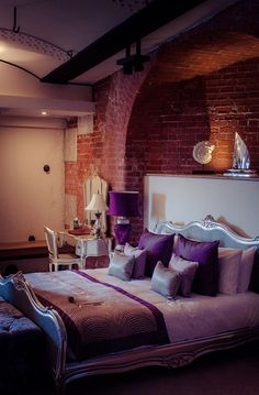 Gorgeous Luxury Wedding Accommodation at Spitbank Fort Fort- Bridal Suite Amazing Weddings, Bridal Suite, Isle Of Wight, Forts, Portsmouth, Luxury Wedding, Beds, Hotels, Island