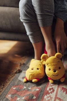 Winnie the Pooh slippers so cute Disney Style, Disney Love, Disney Magic, Winter Slippers, Cute Slippers, Disney Slippers, Bear Slippers, Crocheted Slippers, Felted Slippers