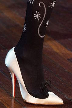 Парижская Неделя моды: фото обуви с показов сезона осень-зима 2015 | Vogue