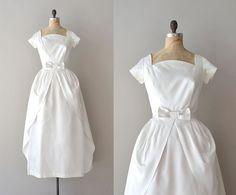 vintage 50s wedding dress / 1950s wedding dress / by DearGolden
