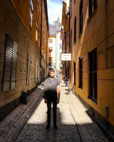 I rarely post photos of myself but today it's bright out and so is my mood. #gamlestan #travellife #travelbug #milesaway #wanderlust