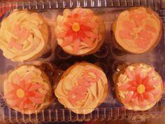 cup cakes con flores de fondant
