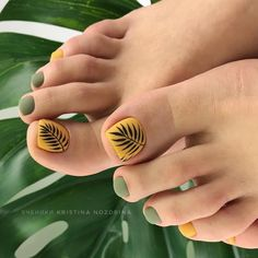 Amazing Toe Nails Designs To Choose In Summer Amazing Toe Nails Designs To Choose In Summer - Nail Art Connect Pretty Toe Nails, Cute Toe Nails, My Nails, Shellac Nails, Toe Nail Color, Toe Nail Art, Nail Colors, Feet Nail Design, Toe Nail Designs