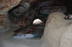 About 3 kilometers from #Makkah, The prophet Muhammad (PBUH) used to go to Ghar-e-Hira (the Cave of #Hira) for prayers and seeking guidance from Allah. The first divine revelation of #Quran was brought to him at the age 40 by Angel Gabriel A.S in this holy cave. For about three years, Prophet #Muhammad (PBUH) continued going there and He found #peace in the solitude and contemplation. #Cave #Ziarah #CaveHira #Umra #Hajj #AlHaqTravel