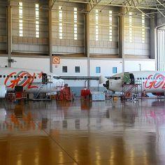 O hangar 3 é o maior do Centro de Manutenção da Gol em CNF, com capacidade para até 4 Boeing 737. #voegol #cnf #cnfaovivo #boeing #737 #gol #5workshopgol
