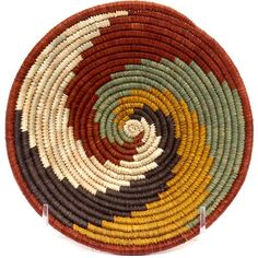 African Baskets - Uganda Millet, Raffia and Banana Fiber Baskets Rwenzori Bowl Across 43295 Macrame Art, Crochet Round, Tapestry Crochet, Baskets On Wall, Weaving Techniques, Knitted Bags, Basket Weaving, Diy And Crafts, Creations