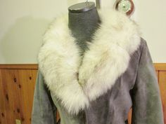 Vintage JOHNATHAN Christopher  Suede Winter Coat, Fox Fur Collar, Size Medium, Produced in Canada, Quilted Lining - http://www.fur.me.uk/vintage-johnathan-christopher-suede-winter-coat-fox-fur-collar-size-medium-produced-in-canada-quilted-lining.html