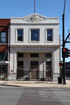 First Bank Building, my family had a drug store that occupied this building Lacy-margraves Corner Drugstore #1. As a child I played in the upstairs and in the creepy, scary basement. We loved to scare ourselves going into the old bank vault