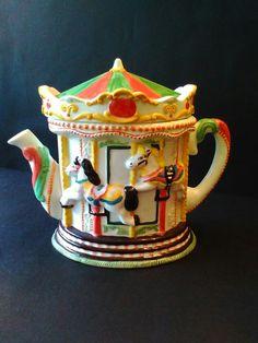 Carousel teapot