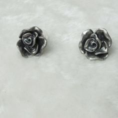 Cheap Wholesale Vintage Rose Shape Stud Earrings (AS THE PICTURE) At Price 2.28 - DressLily.com
