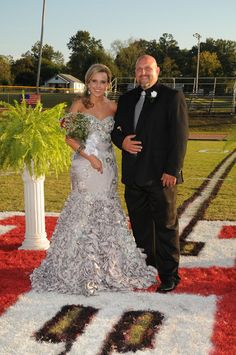 MacDuggal Prom, Homecoming, Formal Dress Color Platinum **Recently Cleaned