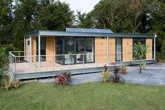 The Edge, A Modern Modular Dwelling With 2 Bedrooms In Under 900 Sq Ft.