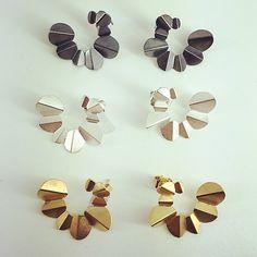 Norwegian jewelry design Nanga Parbat earrings by @kajagjedebodesign www.kgd.no #nangaparbat #earrings #foldedsilver #oxidized #papers&scissors #timeless #minimalist #statement #contemporaryjewelry #modern #norskdesign #norwegiandesign #scandinaviandesign #origami #lovejapan #silver #jewelry #gold #bølerbling