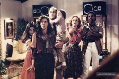 Poltergeist - Publicity still of Dominique Dunne & JoBeth Williams 80s Movies, Horror Movies, Poltergeist 1982, Jobeth Williams, Flawless Beauty, Vintage Horror, Love Movie, Vintage Movies