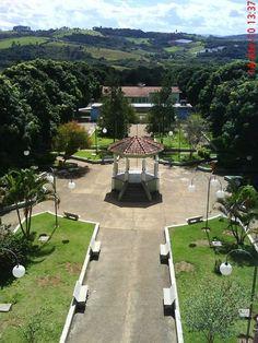 Pracinha central de Santo Antonio do Itaim (cachoeira de Minas) um pedacinho do paraíso!