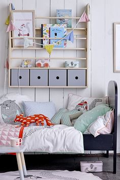 Cute kids room - soft greys, natural wood and black with pastel accents Nursery Room, Boy Room, Kids Bedroom, Kids Furniture, Furniture Design, Interior Design Programs, Deco Design, Little Girl Rooms, Room Accessories