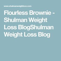 Delicious flourless brownies in 10 minutes. Diet Plans To Lose Weight Fast, Trying To Lose Weight, Fast Weight Loss, Healthy Weight Loss, Weight Loss Blogs, Weight Loss Challenge, Flourless Brownie, Metabolic Diet, Lose Belly Fat