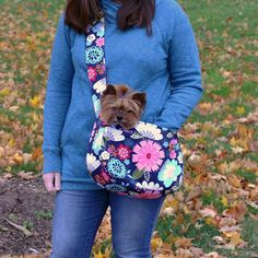 dog stuff,dog ideas,dog care,dog tips,dog grooming Yorkie Poo Puppies, Cute Dogs And Puppies, Chihuahua, Diy Dog Bag, Dog Braces, Dog Sling, Dog Carrier Bag, Dog Items, Dog Activities