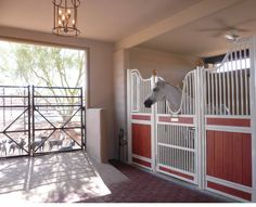 Love the hidden latch on the door and the open-style of the gate at the end. Lots of air circulation.