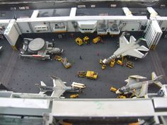 Scale Model Ships, Scale Models, Uss America, Uss Enterprise Cvn 65, Navy Aircraft Carrier, Model Hobbies, Military Modelling, Battleship, Plastic Models