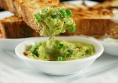 When you're eating for two, (almost) every morsel you munch should pack a nutritional punch. Try these tasty twists on your standard go-to healthy pregnancy snacks. Healthy Pregnancy Snacks, Healthy Snacks, Healthy Eating, Avocado Dip, Avocado Recipes, Avacado Toast, Avocado Spread, Guacamole Dip, Fresh Guacamole