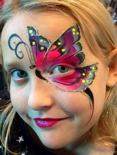 Are you new to face painting? Diy Face Paint, Face Paint Makeup, Face Painting Tutorials, Face Painting Designs, Butterfly Face Paint, Butterfly Makeup, Animal Face Paintings, Adult Face Painting, Fantasy Makeup