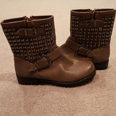 Soda brand boots Brown boots from Soda are decorated with embellishments and two buckles on each side. Zipper on the inside for easier entrance. Worn maybe twice, excellent condition.  All man made material. Soda Shoes Ankle Boots & Booties
