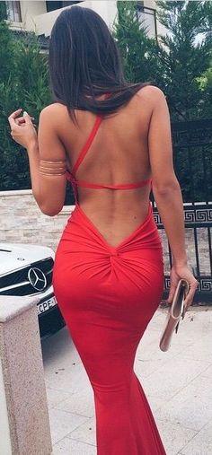 Women's fashion | Red open-back glamorous dress