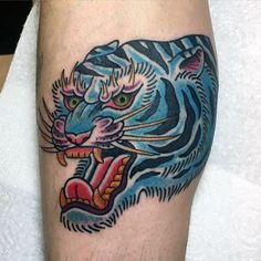 75 Traditional Tiger Tattoo Designs For Men - Striped Ink Ideas Top Tattoos, Sleeve Tattoos, Wolf Tattoo Traditional, Tiger Tattoodesign, Tigers Live, Cool Tattoos For Guys, Best Tattoo Designs, Animals Of The World, Ink