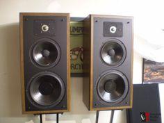 Polk Monitor 5 Polk Speakers, Monitor Speakers, Bookshelf Speakers, Audiophile Speakers, Hifi Audio, Audio Speakers, Floor Standing Speakers, Ultimate Man Cave, Music System