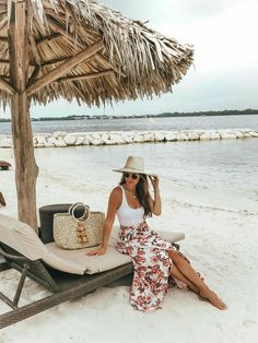 Royalton Negril Jamaica Vacation Style Source by lenchen 83 outfits Beach Outfit Plus Size, Cold Beach Outfit, Beach Outfits Women Plus Size, Casual Beach Outfit, Casual Summer, Cancun Outfits, Cruise Outfits, Hawaii Outfits, Jamaica Outfits