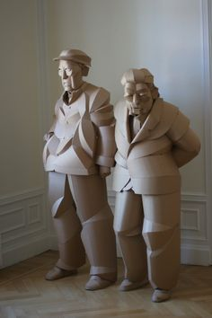 in the warren king cardboard shaoxing villagers series, the artist sculpts residents of his grandparents' home village china, one individual at a time. Cardboard Sculpture, Paper Mache Sculpture, Sculpture Art, Paper Art Design, Design Art, Modern Design, Human Art, Modern Sculpture, Animal Sculptures