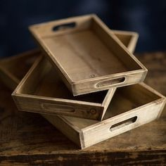 Simple, yet elegant wooden serving trays that let you entertain your guests with style. Visit Antique Farmhouse for more wood trays. Serving Trays With Handles, Wooden Serving Trays, Rustic Cabin Decor, Lodge Decor, Wooden Projects, Wooden Crafts, Wood Scraps, Tea Tray, Antique Farmhouse