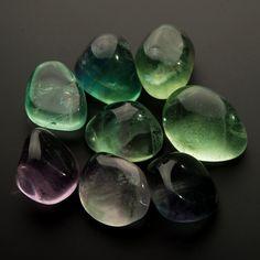 Флюорит (1,5-2 см) 1 шт