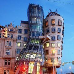 Frank Gehrys Dancing House, Prague by Dino Quinzan (Tks Marianne)