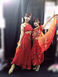 The Kurosawa sisters in reeeed~ Love Live, Just Love, Young And Beautiful, Beautiful Children, Dia Kurosawa, Belly Dancers, Stage Outfits, Pop Fashion, Editorial Fashion
