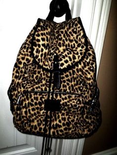 LIMITED-EDITION-Pink-by-Victorias-Secret-leopard-cheetah-animal-print-backpack