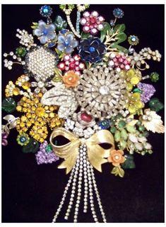 Christmas Tree Costume, Jewelry Christmas Tree, Jewelry Tree, Baby Jewelry, Christmas Trees, Diy Christmas, Horse Jewelry, Yoga Jewelry, Hippie Jewelry