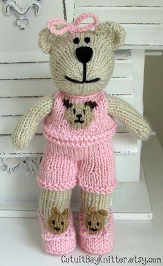 Knitted Toy Teddy Bear Stuffed Animal Bear by cotuitbayknitter Teddy Bear Names, Teddy Bear Clothes, Teddy Bears, Crochet Animals, Crochet Toys, Crochet Baby, Knitting Yarn, Baby Knitting, Little Cotton Rabbits