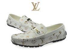 Louis Vuitton Shoes for Men Louis Vuitton Men Shoes, Louis Vuitton Handbags, Mens Boots Fashion, Fashion Shoes, Lv Shoes, Mens Designer Shoes, Baskets, African Men Fashion, Sneaker Boots