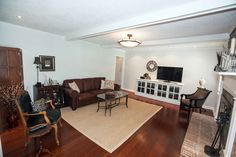 SOLD: $189,900 on 01/21/15 407 Pittsdowne Rd, Columbia, SC 29210 3 / 2 baths 2,200 sq ft