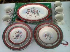 4 Pc Set CHRISTMAS DISHES