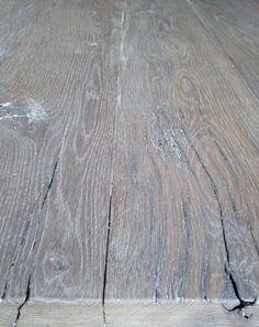 Zelf eikenhout (of andere houtsoorten) vergrijzen. Laten doen kan natuurlijk ook!