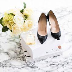 My custom made shoes from @prettysmallshoes and my favourite @chanelofficial perfume #minimal #luxury . . . . . .. .. .. . . . #styletip#stylegoals#styleoflife#stylehaul#stylegram#chicstyle#lxurylifestylemegazine#luxuryaccessories#luxurygirl#luxuryshop#ux