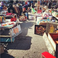 How to Make Money at Flea Markets - love library