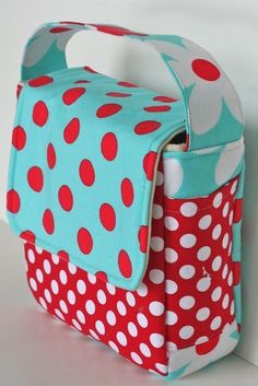 I would love this. Love Your Lunch Box Sewing Pattern by Gingercake