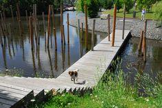 Love these poles! 01-sant-en-co-landscapearchitecture-Schinkeleilanden « Landscape Architecture Works | Landezine