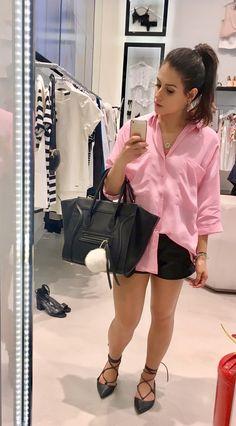 Camisa over sized rosa zara, short de couro acervo pessoal, sapatilha amarração Santa Lolla, bolsa Bolsa150, pompom branco, rabo de cavalo,look casual,look do dia ,outfit.