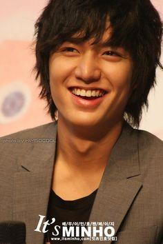"yiee~ his smile. :"">"