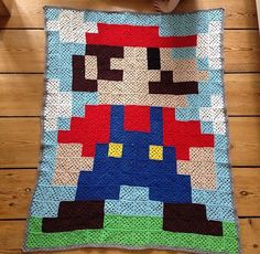 Har lagt opskriften på min version af bedstemor firkanten ind her.  Jeg har brugt den til blandt andet disse projekter:  Se alle detajlerne om Mario tæppet her          Følg gerne med på        ....